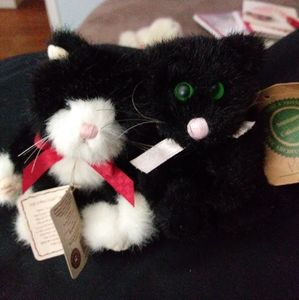 Boyds Bears Tommy Kat & Poe. With tags